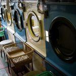 【悲報】ワイ、3万のイヤホンを洗濯機で回してしまう