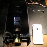 【画像】ソニーの88万円DAP「DMP-Z1」、iPhoneと比べると大きさが一目瞭然!! 重さも2.5kgとヘビー級